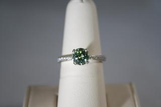 Green Diamond Fashion Ring