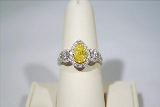 Yellow Damond Fashion Ring